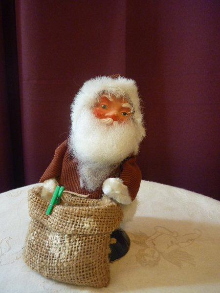 weihnachtsmann nikolaus kopf pappmache leinensack metallldraht antiquit ten oschatz meissner. Black Bedroom Furniture Sets. Home Design Ideas