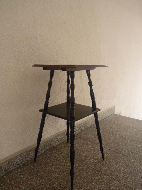 beistelltisch telefontisch nussbaum holz um 1880 ablageboden antiquit ten oschatz meissner. Black Bedroom Furniture Sets. Home Design Ideas